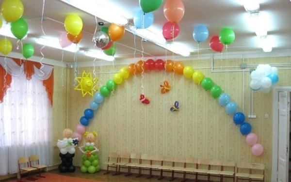 Оформление воздушными шарами на праздник