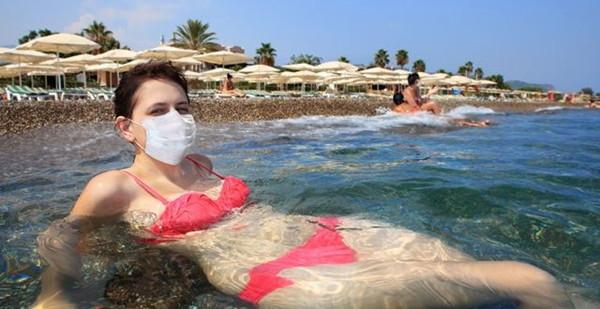 Летний отдых на курорте во время пандемии