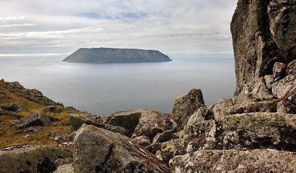 Остров Крузенштерна: где находится и чем интересен