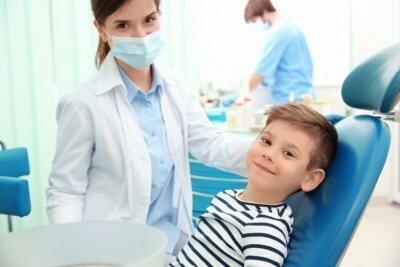 Кто это такой и чем занимается зубной врач?