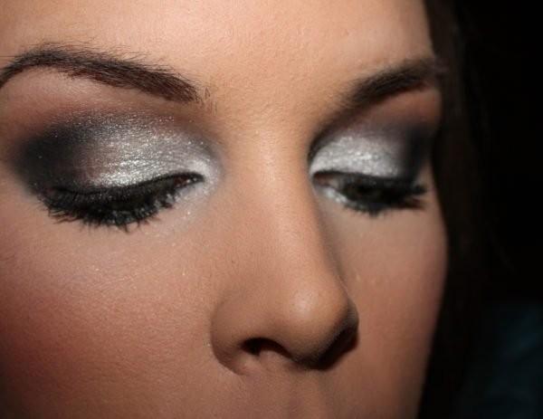 Какой вечерний макияж сделать на Новый год?