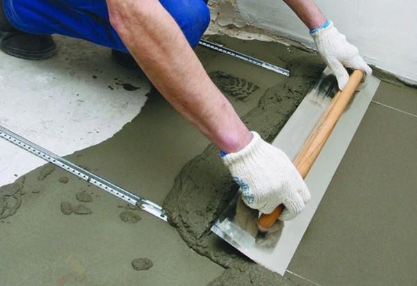Как быстро выровнять бетонный или цементный пол